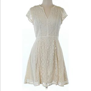 LC Lauren Conrad Cream Lace Dress Size 10 NWT